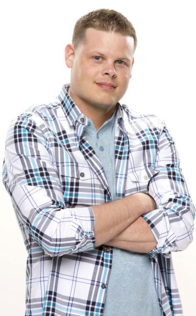 Meet Big Brother 16 Houseguest Derrick Levasseur